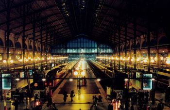 paris_gare_du_nord_night